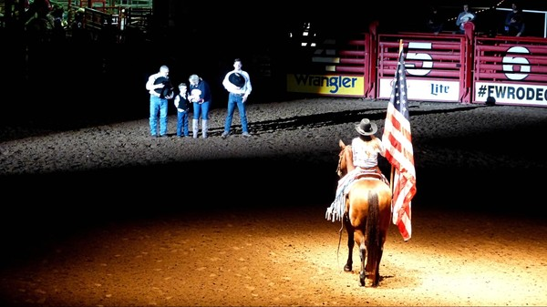 Hymne National américain Stockyard Championship Rodeo Fort Worth Texas