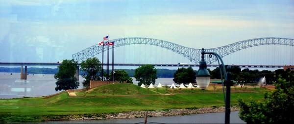 Mus Island Memphis