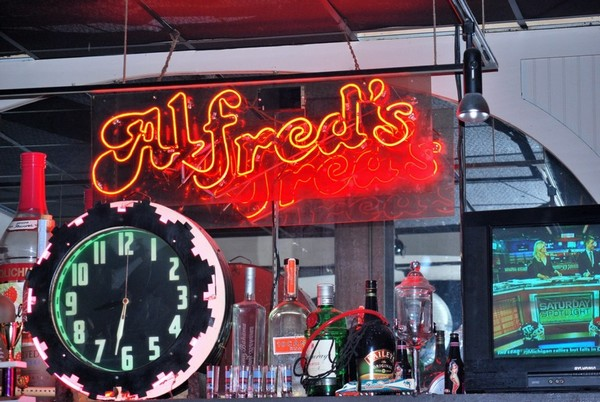 Alfred Beale Street Memphis