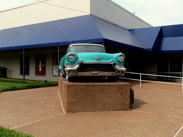 Cadillac Elvis Graceland