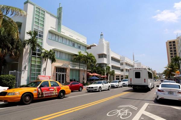 Kent Hôtel sur Collins Avenue Art Deco District Miami