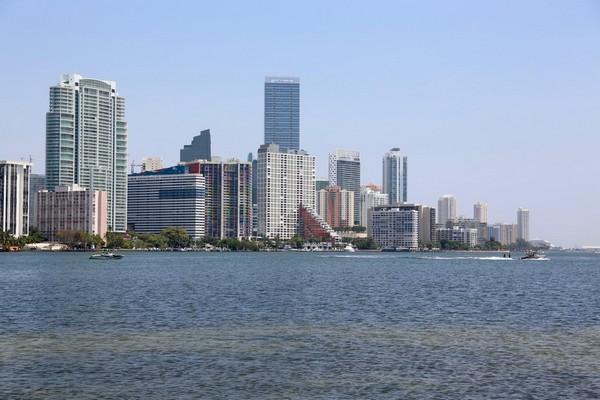 Miami vue depuis Key Biscayne
