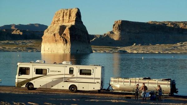 Camping de Lone Rock Page Arizona