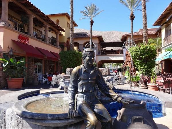 Statue en bronze de Sonny Bono Palm Springs