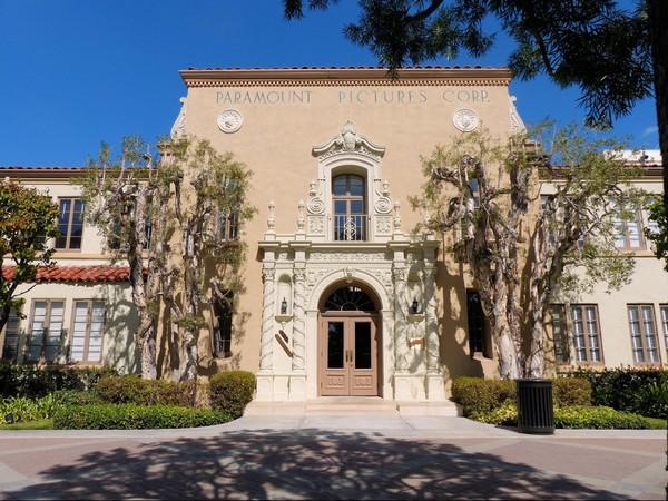 Bronson Gate Paramount Pictures Studio VIP Tour