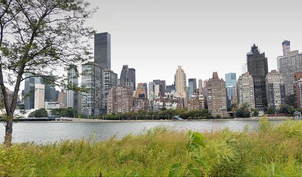 Manhattan vu depuis Southpoint Park Roosevelt Island New York