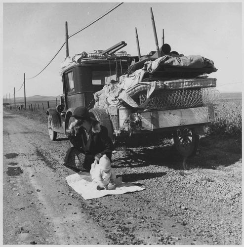 Farm Security Administration : farmers whose topsoil blew away joined the sod caravans of