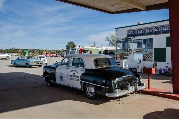 Station-service Peach Springs Route 66 Arizona