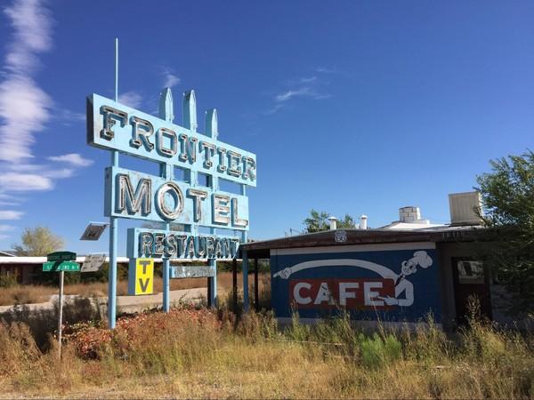 Frontier Motel & Cafe Truxton Route 66 Arizona