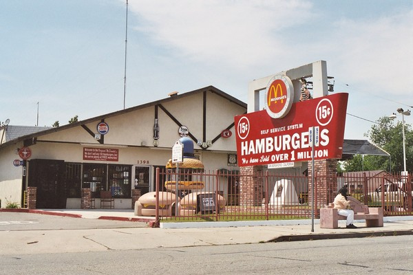 First Original McDonald's Museum San Bernardino Route 66 Californie