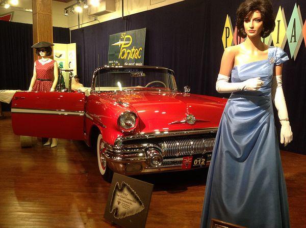 Elégance mid-century Route 66 Hall of Fame Pontiac