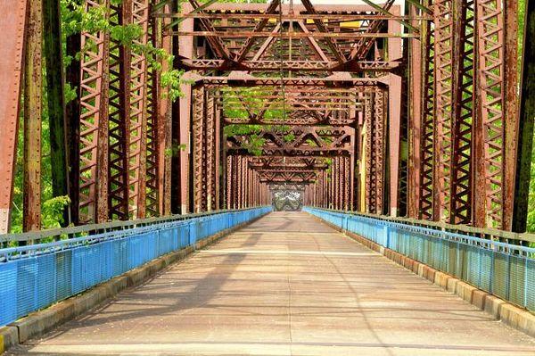 Chain of Rocks Bridge Madison Route 66