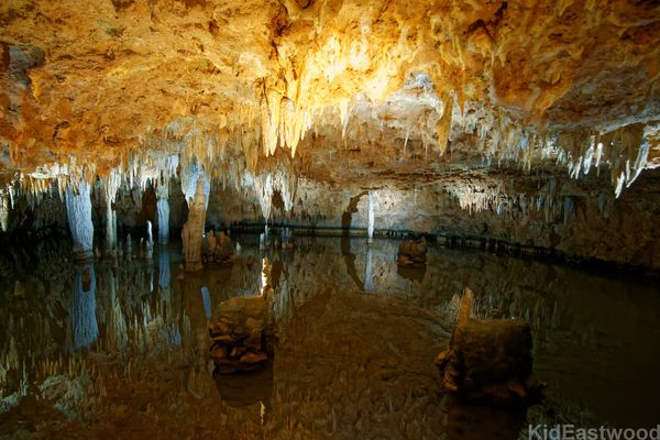 Meramec Caverns Barn Missouri USA