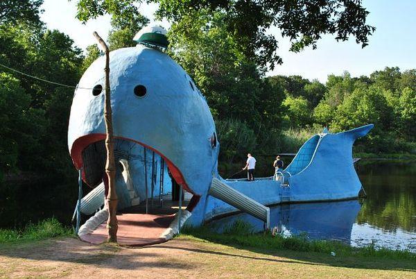 Blue whale Catoosa Oklahoma Route 66