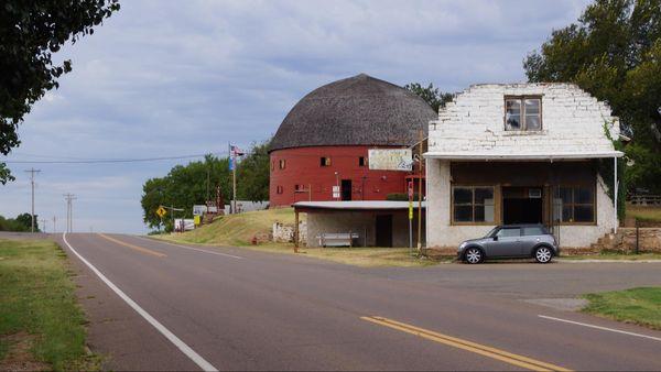 Round Barn Arcadia Route 66 Oklahoma