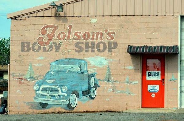 Folsom's Auto Body & Paint Clinton Oklahoma