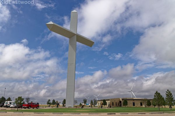 Giant Cross of Our Lord Jesus Christ Groom Route 66 Texas