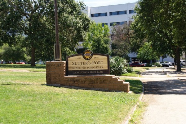 Entrée Sutter's Fort State Historic Park Sacramento