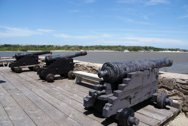 Canons Fort Matanza National Monument