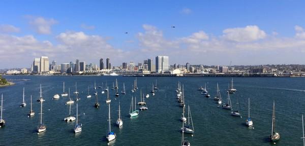 San Diego depuis le pont qui relie l'île de Coronado
