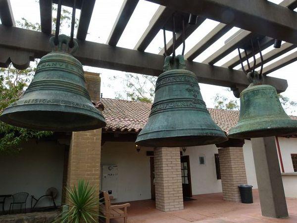Cloches Mission San Luis Obispo de Tolosa Californie