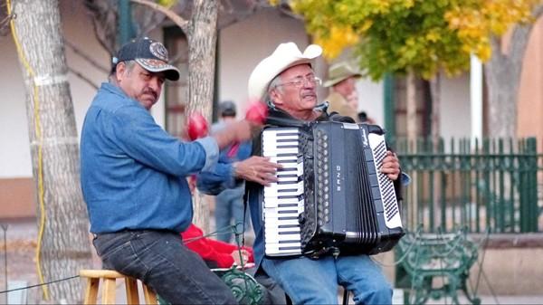 Musicien Santa Fe Plaza Santa Fe Nouveau-Mexique