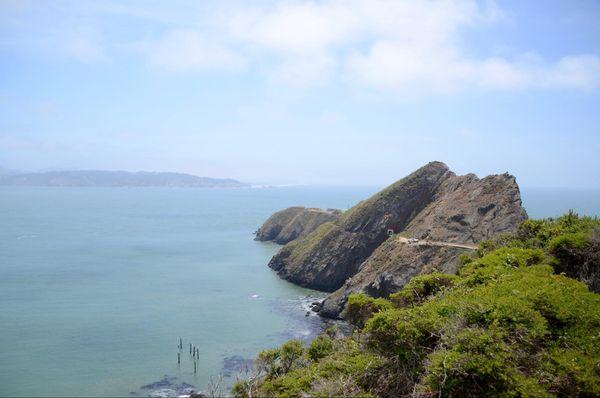 Point Bonita Lighthouse le tunnel pédestre creusé dans la colline