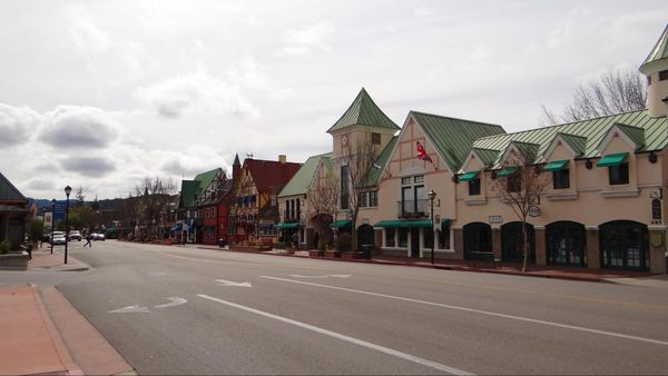 Mission Drive/Route 246 Solvang
