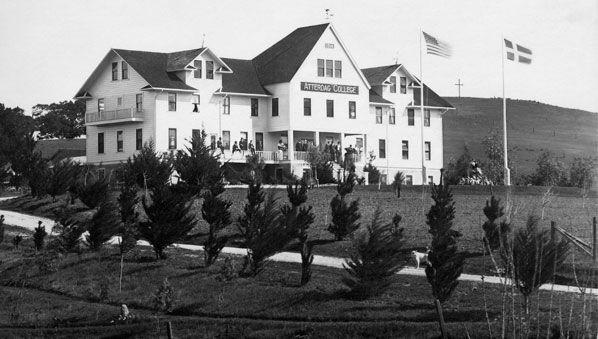 Atterdag College building Solvang
