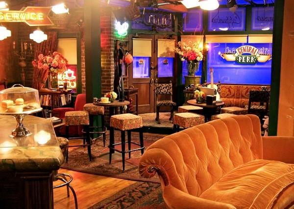 Central Perk Friends Warner Bros Studios